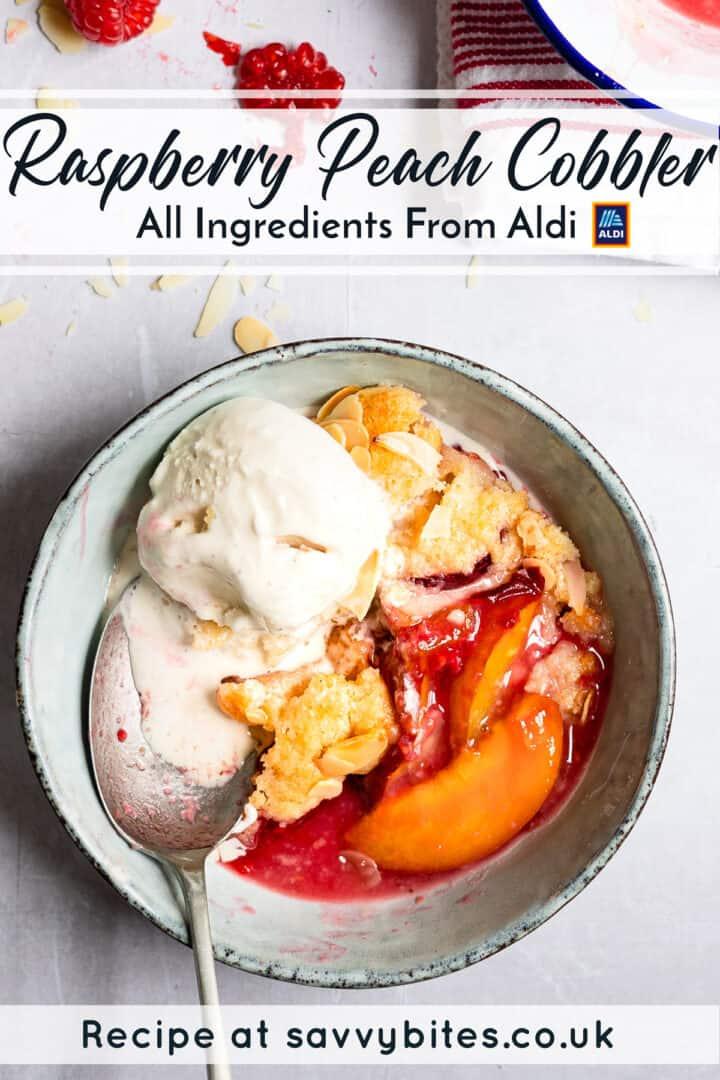Aldi dessert peach cobbler in a blue bowl.